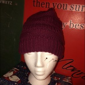 Accessories - Beanie where you can have you pony tail out